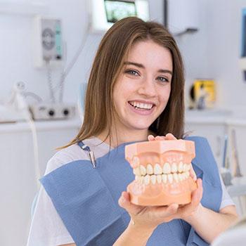 Implanty zębowe – kiedy warto się zdecydować?